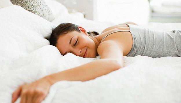 あなたの睡眠の質を高める7つの魔法の食材